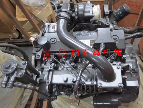 4B3.3带增压发动机